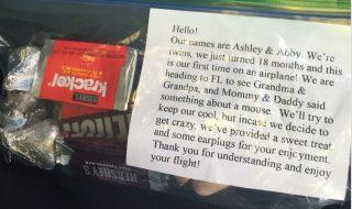 Faut-il offrir des chocolats aux autres passagers quand on prend l'avion avec bébé ?