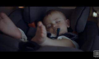 Le «Baby Home Seat», le pouvoir d'endormir bébé comme en voiture mais sans voiture !