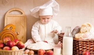 La première année, pourquoi donner des aliments allergènes à bébé?