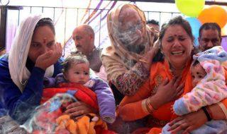 Cinq mois après leur venue au monde, ces bébés échangés à la naissance retrouvent leurs familles