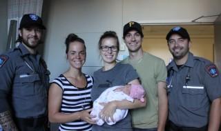 Un bébé né chez la voisine et une demande en mariage dans l'ambulance !