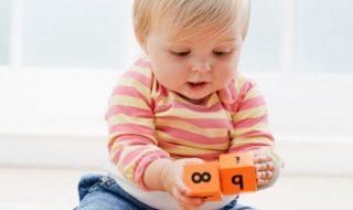Quels petits jeux choisir pour initier bébé aux mathématiques ?