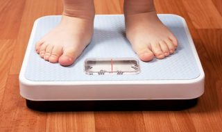 Bisphénol A : un plus fort taux d'obésité infantile chez les enfants exposés in utero