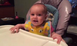 Des asperges, un papa blagueur, un bébé rieur, voilà une vidéo qui donne la banane !