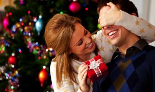 8 cadeaux de Noël qui vont faire plaisir au futur papa