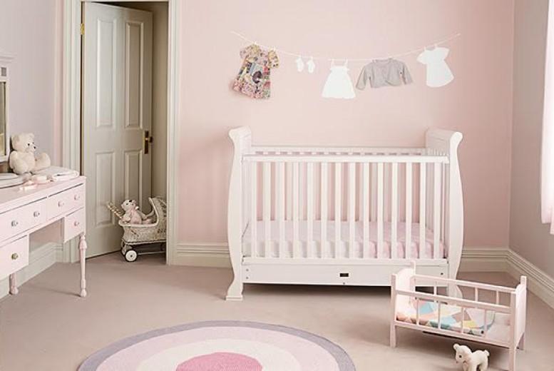 7 id es de chambres pour b b o le pastel bercera ses nuits avec douceur. Black Bedroom Furniture Sets. Home Design Ideas