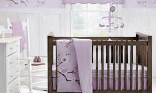 5 chambres de bébé où fleurit le lilas