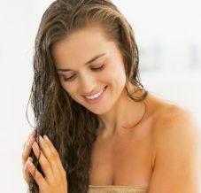 Comment avoir des cheveux en pleine forme pendant la grossesse ?