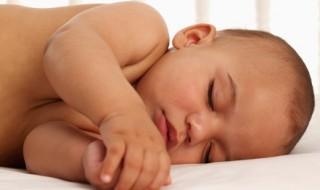 Comment aider bébé à bien dormir ? Et maman aussi…