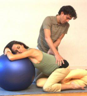 Comment soulager une sciatique pendant la grossesse ?