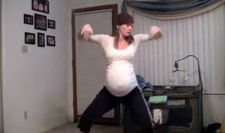 Vous avez dépassé le terme de votre grossesse ? Cette maman a une astuce à vous proposer !