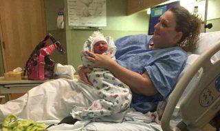 Elle ne se savait pas enceinte… jusqu'à ce qu'elle accouche dans son bain !
