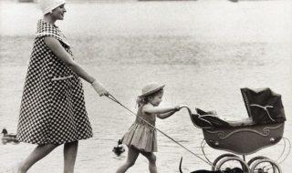 Découvrez l'évolution des looks de grossesse au fil de l'Histoire…
