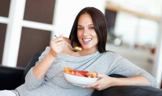 Enceinte et manque d'appétit, comment éviter les carences ?