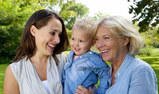 3 choses à savoir avant de faire appel à mamie pour garder bébé