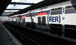 Une femme a donné naissance à son bébé dans le RER A ce matin