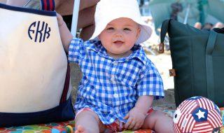 5 trucs à ne pas zapper dans ton sac de plage pour bébé