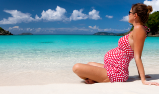 5 crèmes solaires parfaites pour se protéger sa peau du soleil durant sa grossesse