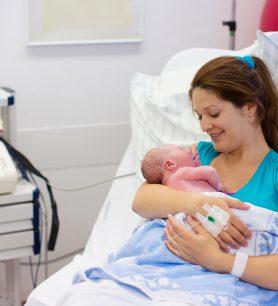 Une activité sportive adaptée pendant la grossesse est bénéfique pour l'accouchement