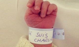 «Je suis Charlie», l'image pleine d'espérance d'un nouveau-né