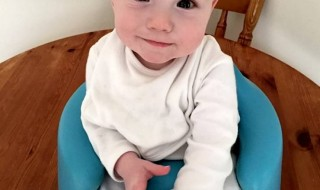 Né grand prématuré, un petit bout fête son première anniversaire