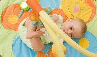 Jouets de bébé : 10 règles de sécurité !