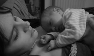 Pourquoi j'ai choisi d'allaiter bébé