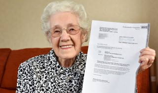 A 99 ans, elle est priée de se rendre à un examen prénatal
