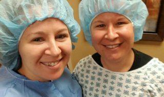 Après 9 fausses couches, cette maman réussit à avoir des jumelles grâce à sa sœur !