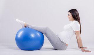 La méthode Pilates : enceinte, peut-on pratiquer cette activité ?