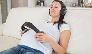 La musique stimule le foetus… Oui mais laquelle?
