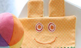 DIY : un napperon rigolo pour égayer les repas de bébé