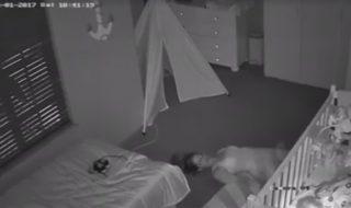 Ne pas réveiller bébé en sortant de sa chambre : découvrez la technique originale de cette maman !