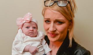 Quel est la particularité de ce nouveau-né pour que sa maman craigne l'allaitement ?