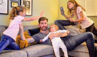 La vraie vie de parents : ce papa super hilarant vous fait découvrir ce qui vous attend !