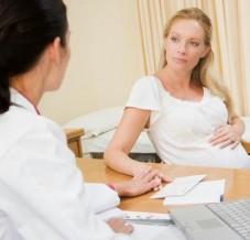Pertes blanches pendant la grossesse: faut-il s'inquiéter?