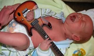 15 photos de bébés complètement décalées à découvrir absolument !