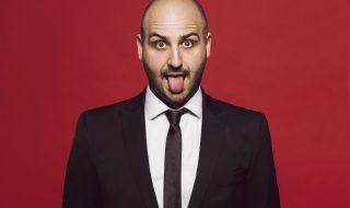 50 places de théâtre à gagner sur Neuf Mois pour découvrir le show «Virtuose» de l'humoriste Kallagan !