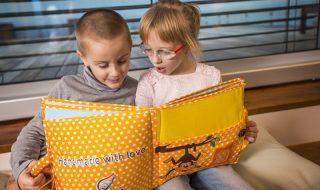 Et si on proposait des livres interactifs à notre enfant pour stimuler sa motricité ?