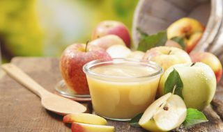Petite purée gourmande à la pomme et aux noix