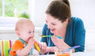A partir de quel âge peut-on donner de la nourriture solide à bébé pour éviter l'obésité ?