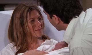 Ce regard magique échangé avec chéri quand bébé est enfin là !