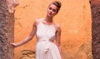 8 robes de grossesse qui sublimeront avec élégance vos formes si vous êtes invitée à un mariage