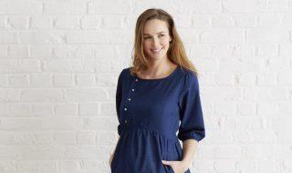 11 looks de grossesse pour faire de la tendance bleu nuit sa nouvelle couleur préférée