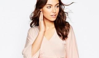 10 pièces mode pour colorer nos tenues de futures mamans de rose quartz