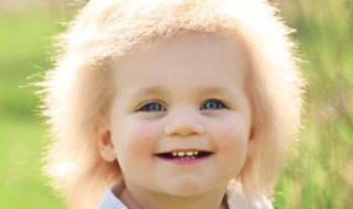 Découvrez Taylor McGowan, ce bébé aux «cheveux incoiffables»
