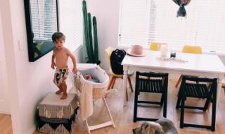 Pourquoi cette maman refuse-t-elle de sécuriser la maison pour ses enfants ?
