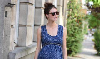 10 petites robes de grossesse pour porter bébé avec style cet été