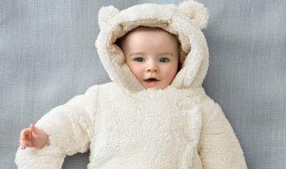 10 petites combinaisons pilotes trop mignonnes pour réchauffer bébé en hiver