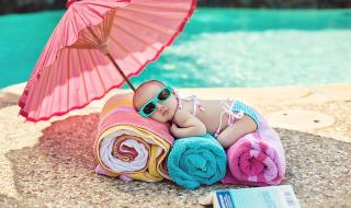 10 idées de prénoms gorgés de soleil pour bébé